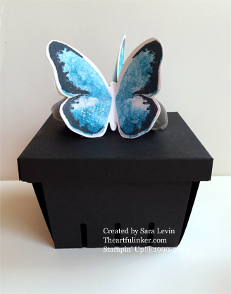 Watercolor Wings Berry Basket Box from theartfulinker.com