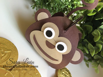 Curvy Keepsake Monkey for Chinese New Year - detail - from theartfulinker.com