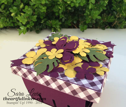 Berry Basket Box with Botanical Builder Framelits flowers - lid detail - from theartfulinker.com