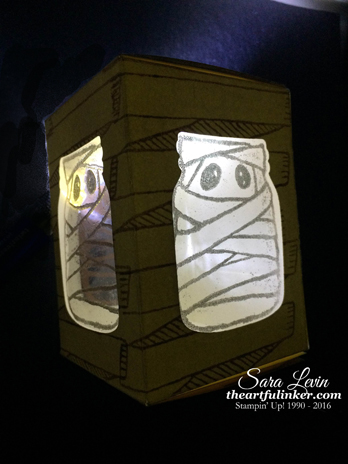 Jar of Haunts Luminary for 12 Days of Halloween - lit up - from theartfulinker.com