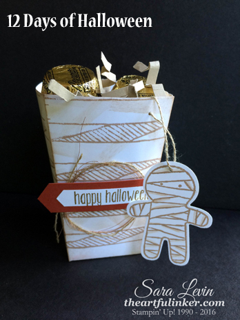 Mummy Popcorn Box for 12 Days of Halloween from theartfulinker.com