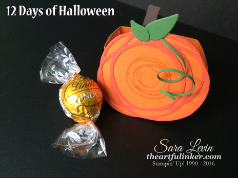 Swirly Scribble Pumpkin Treat Box from theartfulinker.com