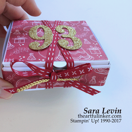 Stamping Sunday Blog Hop Mini Pizza Box Pop Up Birthday card - bow detail - from theartfulinker.com