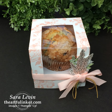 Fresh Florals Cupcake or Muffin Box from theartfulinker.com