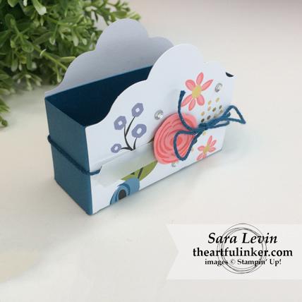Stamping Sunday Blog Hop Lots of Happy Birthday Perennial Birthday Kit alternative favor box from theartfulinker.com