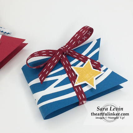 Easy Memorial Day favors in Pacific Point from theartfulinker.com #memorialdayfavors #patrioticfavors #summerbbgfavors
