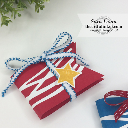 Easy Memorial Day Favors in Real Red from theartfulinker.com #memorialdayfavors