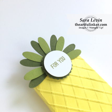 Pineapple Box - crown detail - from theartfulinker.com