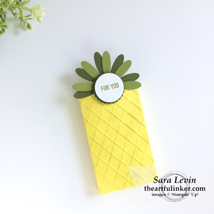 Pineapple Box from theartfulinker.com