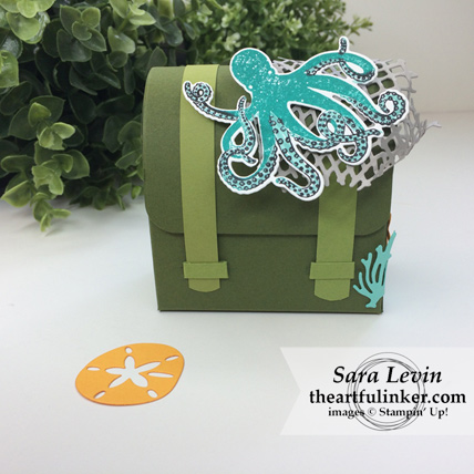 Stamping Sunday Blog Hop Sea of Textures treasure chest favor from theartfulinker.com #seaoftextures