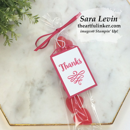 A Big Thank You Class Treats are a quick and easy way to share your thanks - from theartfulinker.com