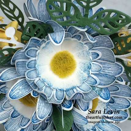 Daisy Lane flower arrangement, detail, for the Home Decor SU Style Blog Hop July 2019. Shop for Stampin Up products at theartfulinker.com