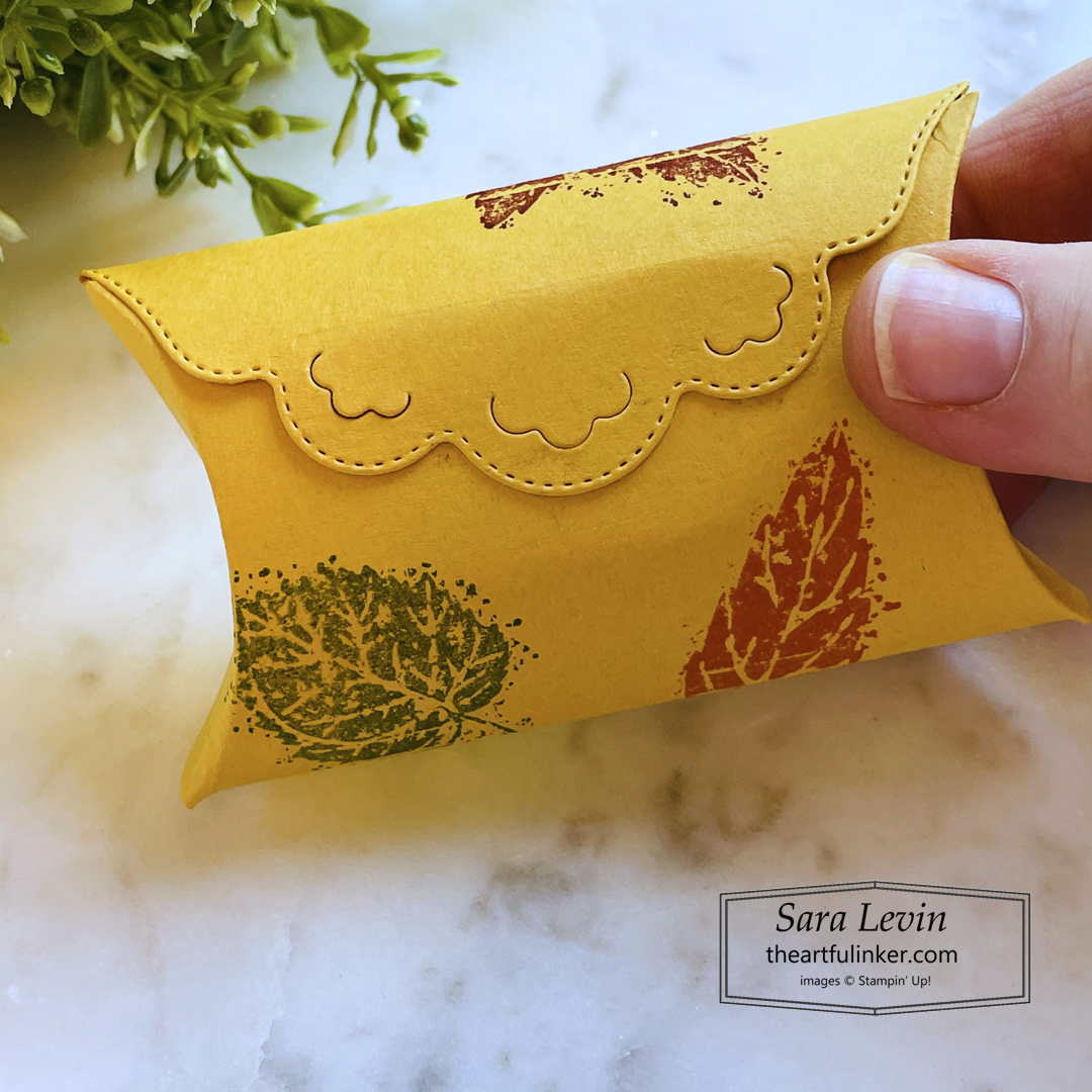 Pretty Pillowbox Dies treat box with detailed edge for Fall SHOP for Stampin Up with Sara Levin theartfulinker.com