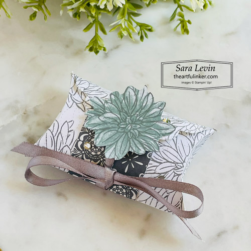 Delicate Dahlias clean and simple Pretty Pillow Box favor with Simply Elegant designer paper for Stamping Sunday SHOP for Stampin Up with Sara Levin theartfulinker.com